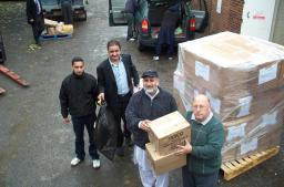 Cllr. Peter Clegg and the team load yet more boxes!